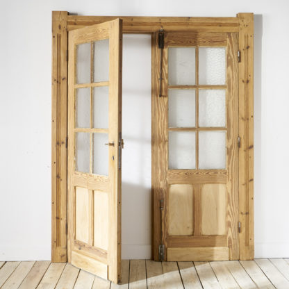 Double doors with frame
