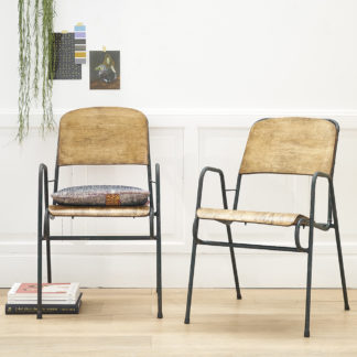 Set of 2 atypical 1950s armchairs.