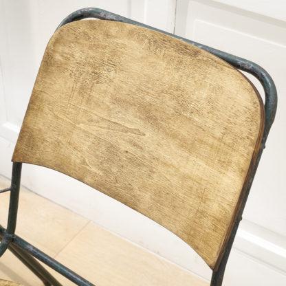 Paire de fauteuils atypiques des années 50.Paire de fauteuils atypiques des années 50.
