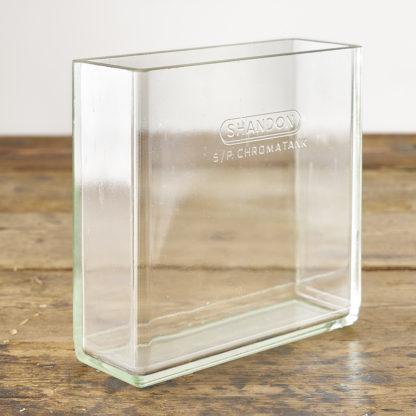 bacs de chimie verrerie vase terrarium.