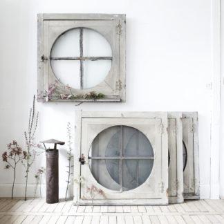 Fenêtre pignon provenant d'une ancienne usine.