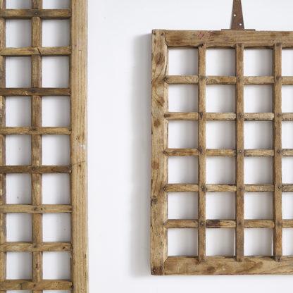Anciens panneaux de bois transformés en pèle-mêle MELI MELO