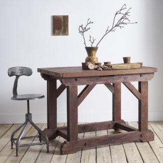 Ancienne table haute d'atelier.