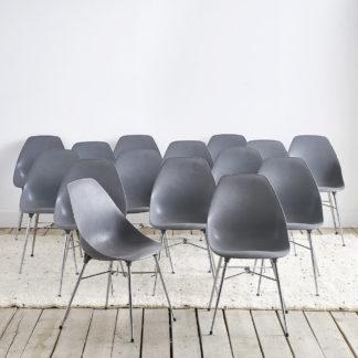 chaises vintage des années 70' COQUE PLASTIQUE