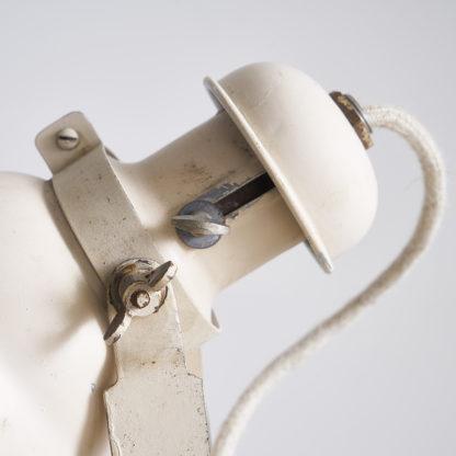 lampadaire d'atelier en métal