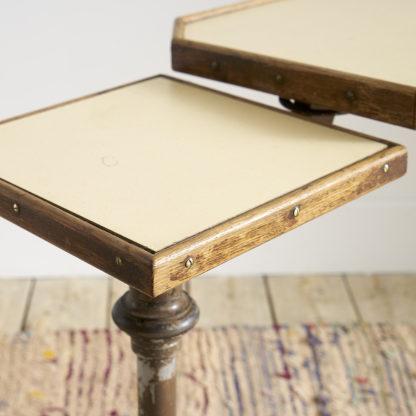 Ancienne table de lit mécanique servante table d'appoint
