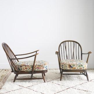 fauteuils des années 60. Design de Lucian Ercolani, fabriqués par Ercol, éditeur britannique