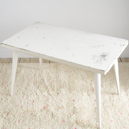 Table 'Tolix' blanche xavier pauchard