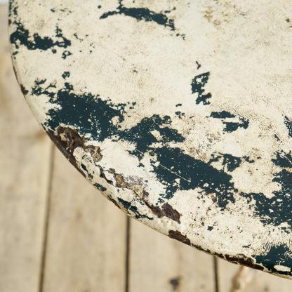 Table de bistrot patinée