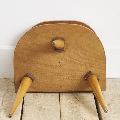 Petit chevet en bois vernis des années 50.
