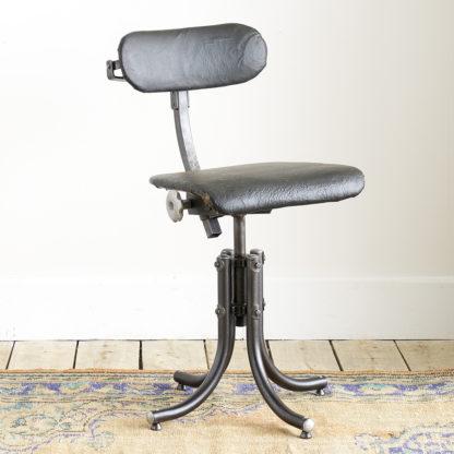 Chaise d'atelier Bienaise