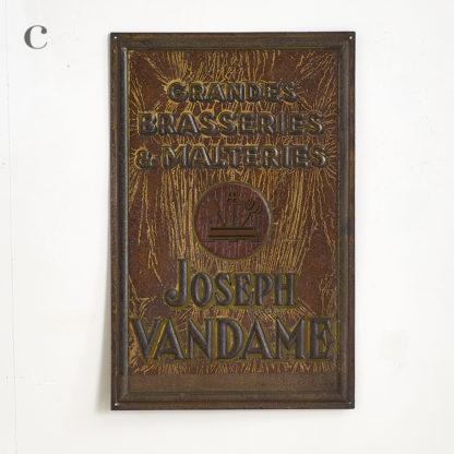 plaque publicitaire en métal en tôle peinte des brasseries 'Joseph Vandame'