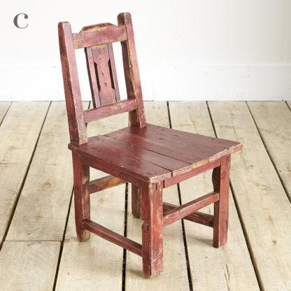Petites chaises de l'Est pour enfants