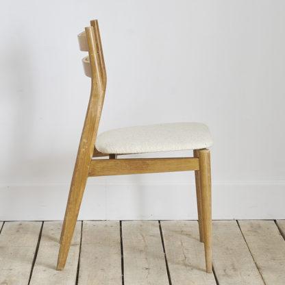 Chaise vintage en bois des années 60.