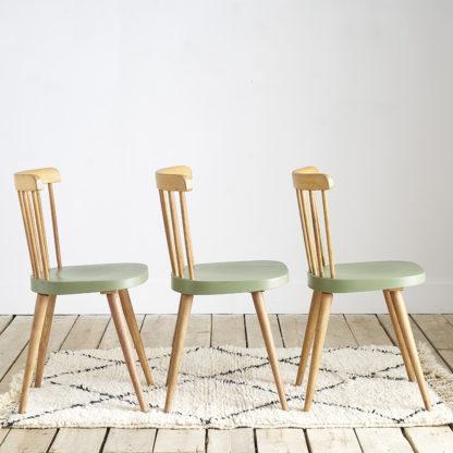 Trio de chaises scandinaves Tapiovaara dans les années 60.