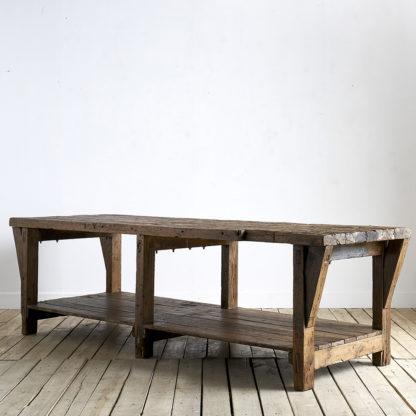 Ancien meuble de métier du milieu du siècle. etabli
