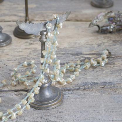 Présentoirs à bijoux anciens