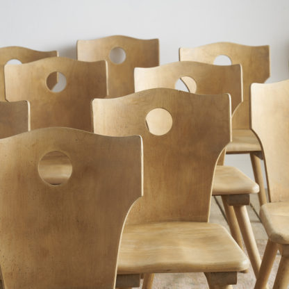 Anciennes chaises en hêtre vintage