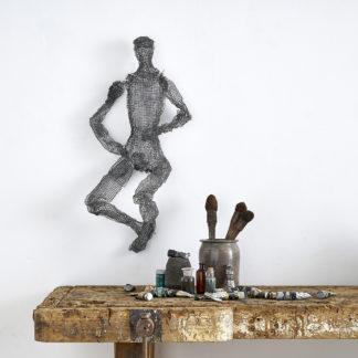 Figurine en fil de fer armature sculpteur