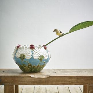 Ancien cache-pot en barbotine style 'Art nouveau'